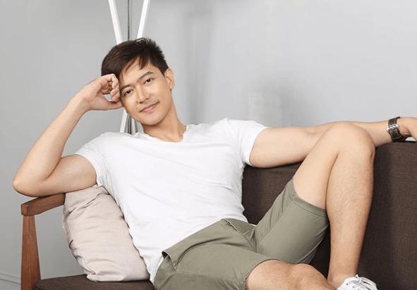 Ronnie Liang dedicates new Christmas song to mom, OFWs - The Filipino Times