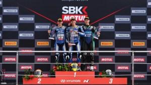 podium sbk 300 donington park