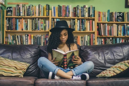 Why is Reading Good For You? 10 Benefits of Reading