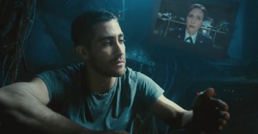 jake-gyllenhaal-vera-farmiga-source-code-2011-movie-trailer-header