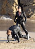 Ewan McGregor, Gina Carano, Beach Fight, Haywire, 02