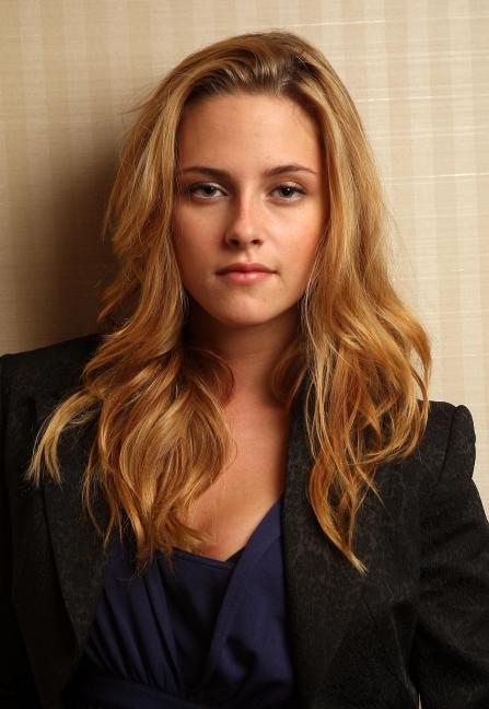Snow White And The Huntsman Kristen Stewart Confirmed For