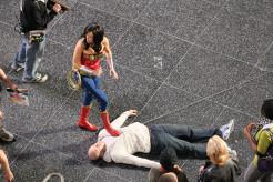 Adrianne Palicki stunt double, needle, Wonder Woman 2011 Set Photo, 03