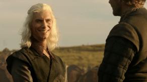 Harry Lloyd, Iain Glen, Game of Thrones, The Kingsroad, 01
