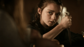 Maisie Williams, Sophie Turner, Game of Thrones, Lord Snow, 01