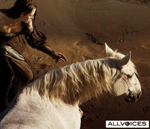 Kristen Stewart, Wet Dress, Snow White and the Huntsman 2012, Set 02