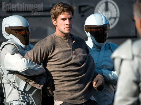 Gale Hawthrone The Hunger Games Catching Fire Entertainment Weekly January 18 2013