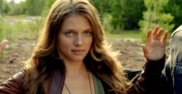 Tracy Spiridakos Revolution