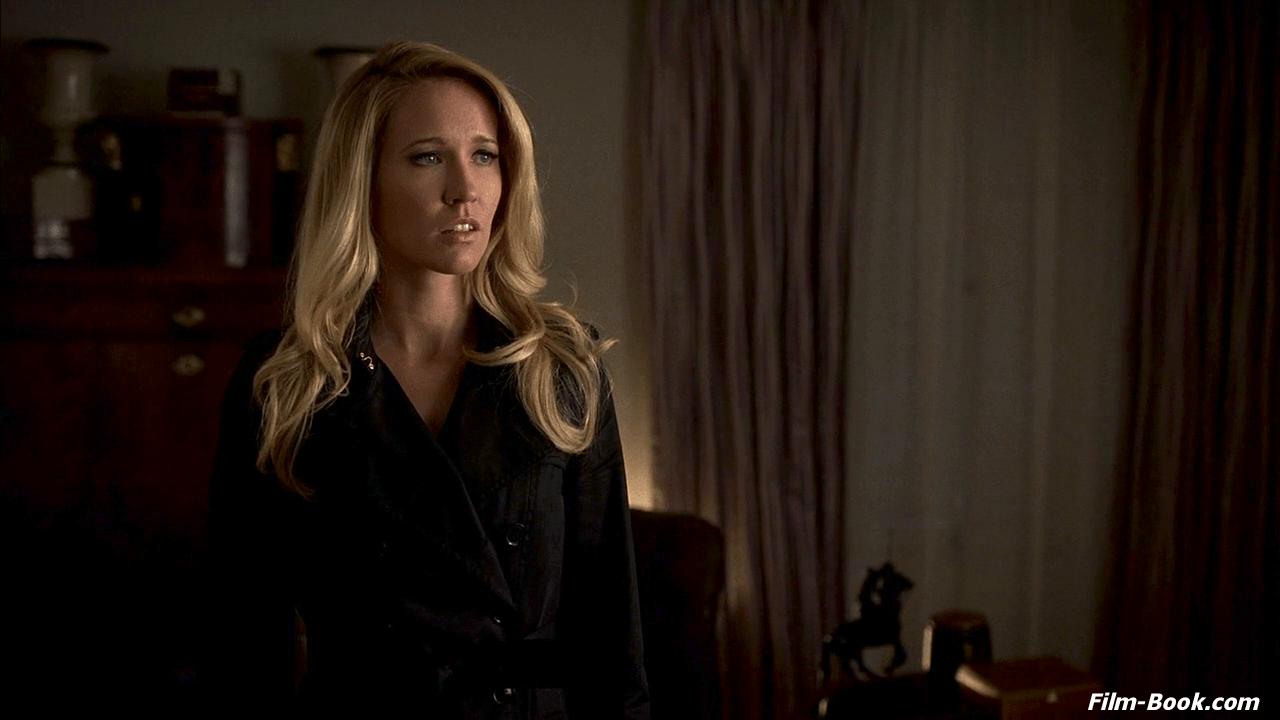 Lauren Bowles True Blood