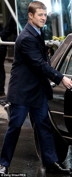 Ben McKenzie Gotham set