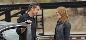 Timothy Olyphant Alicia Witt Justified Whistle Past The Graveyard