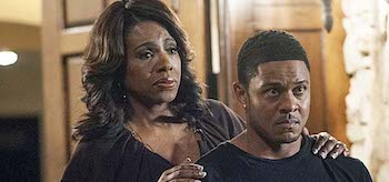 Sheryl Lee Ralph Pooch Hall Ray Donovan Walk This Way
