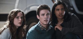 Danielle Panabaker Grant Gustin Carlos Valdes The Flash