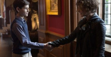 David Mazouz Camren Bicondova Gotham Harvey Dent 11 816x565