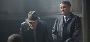 Donal Logue Sean Pertwee Gotham Lovecraft 02 350x164