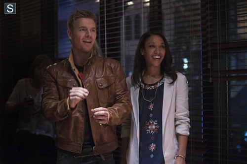 Rick Cosnett Candice Patton The Flash Plastique