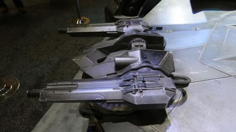 batman-v-superman-batmobile-guns-02