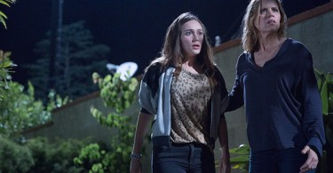 Alycia Debnam-Carey Kim Dickens The Dog Fear The Walking Dead