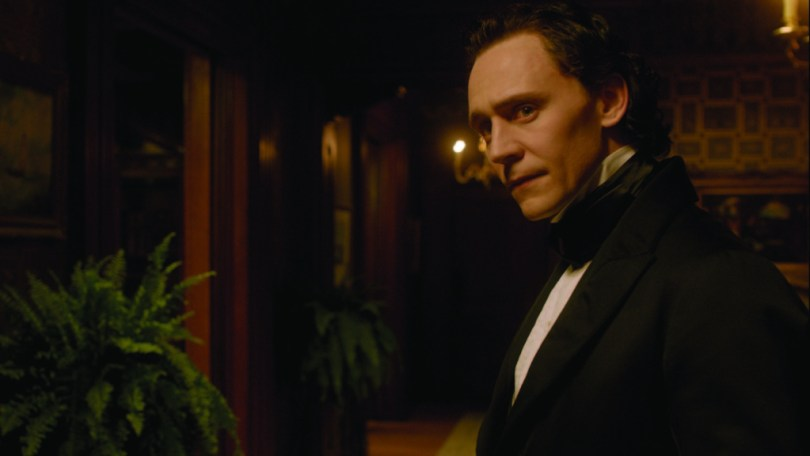 crimson-peak-set-image-23