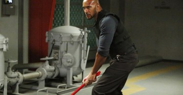 Henry Simmons Agents of SHIELD S.O.S.
