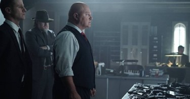 Ben Mckenzie Donal Logue Michael Chiklis Gotham Strike Force 600x350
