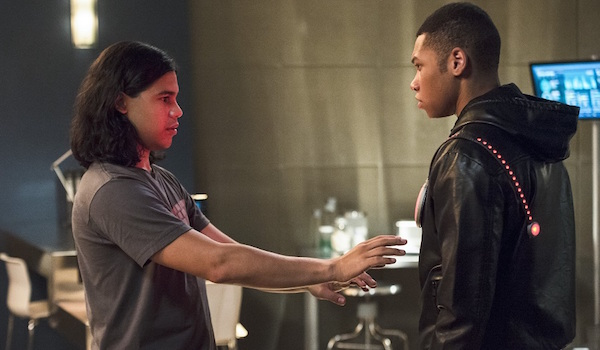 Carlos Valdes Franz Drameh The Flash The Fury of Firestorm