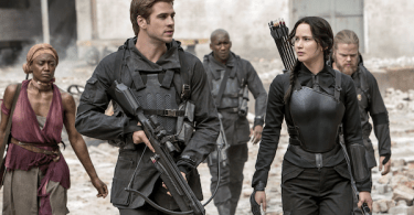 Jennifer Lawrence Josh Hutcherson The Hunger Games Mockingjay Part 2