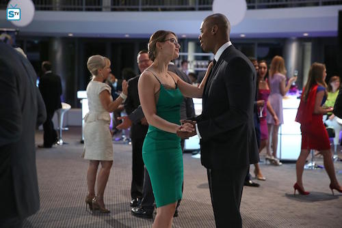 Supergirl Fight or Flight Melissa Benoist Mehcad Brooks