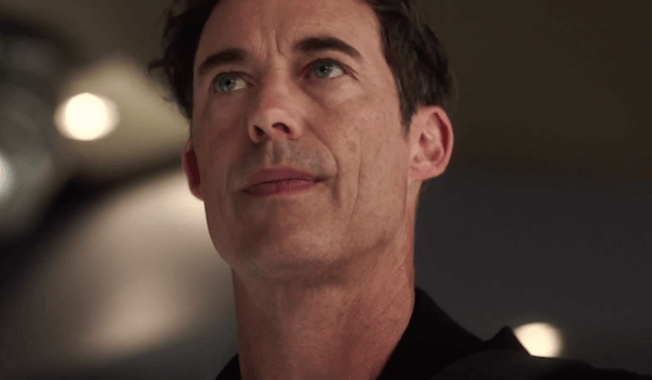 Tom Cavanagh The Flash The Darkness and the Light Trailer