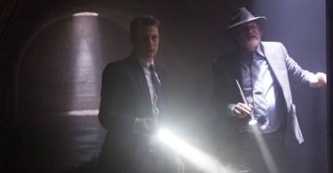 Ben Mckenzie Donal Logue Gotham Son Of Gotham 600x350