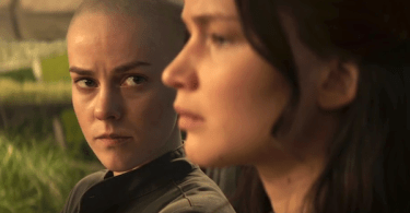 Jennifer Lawrence Jena Malone The Hunger Games Mockingjay Part 2