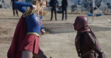 Melissa Benoist Iddo Goldberg Red Faced Supergirl