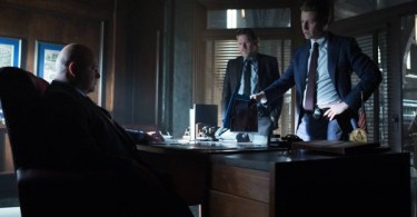 Michael Chiklis Donal Logue Ben Mckenzie Gotham Tonight's The Night 600x350