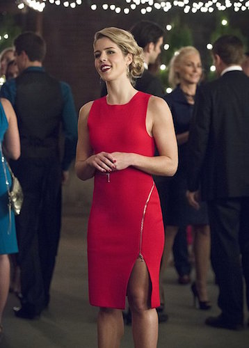 Emily Bett Rickards Arrow Dark Waters