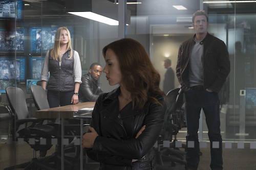 Emily VanCamp Anthony Mackie Scarlett Johansson Chris Evans Captain America: Civil War