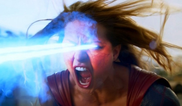 Melissa Benoist Supergirl Red Faced Solar Flare Scene