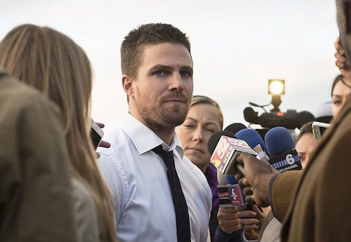 Stephen Amell Arrow Dark Waters