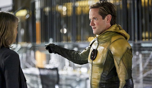 Amanda Pays Matt Letscher The Reverse Flash Returns The Flash