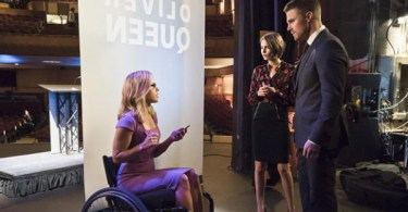 Emily Bett Rickards Willa Holland Stephen Amell Arrow Code of Silence