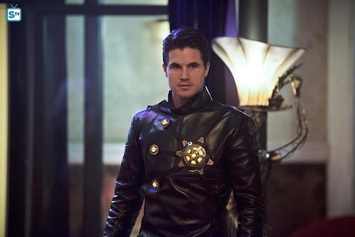 Robbie Amell Welcome to Earth-2 The Flash