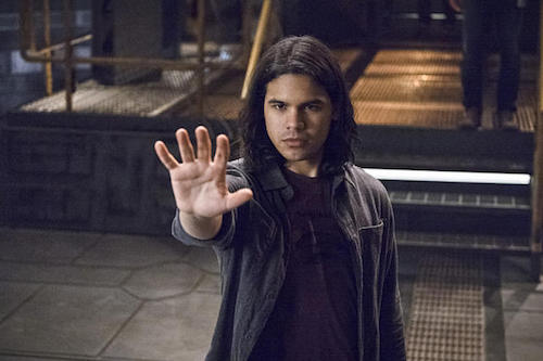 Carlos Valdes Versus Zoom The Flash