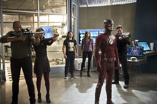Jesse L. Martin Candice Patton Carlos Valdes Danielle Panabaker Grant Gustin Tom Cavanagh Versus Zoom The Flash