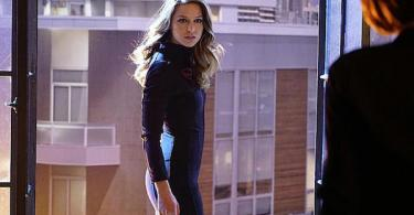 Melissa Benoist Falling Supergirl