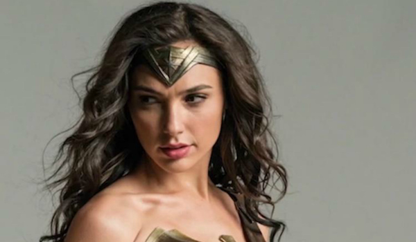 Wonder Woman 2017 Gal Gadot Finishes Filming Solo Movie Filmbook