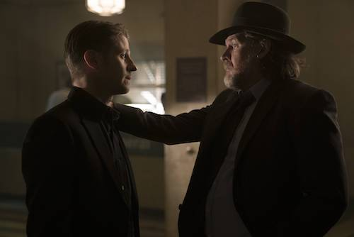 Ben McKenzie Donal Logue Follow The White Rabbit Gotham