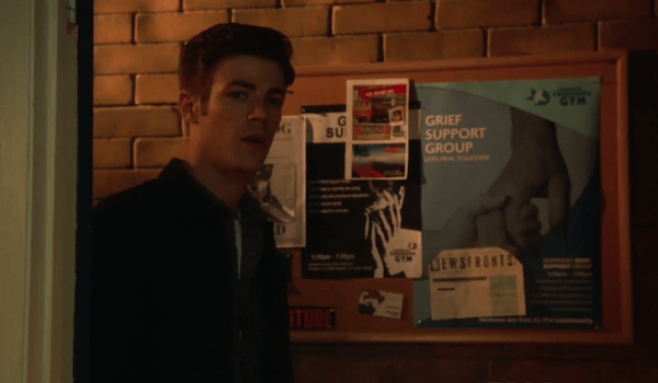 Grant Gustin Paradox The Flash Trailer