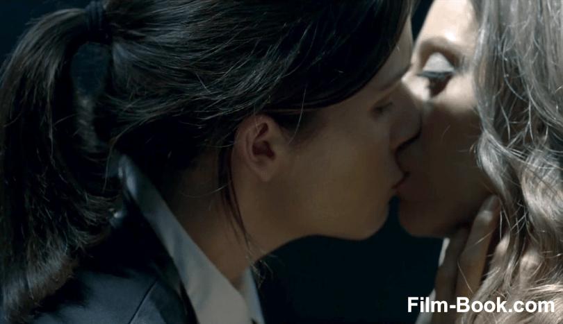Shannon Woodward Kissing Angela Sarafyan Westworld The Original