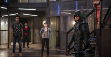 Stephen Amell Arrow The Recruits
