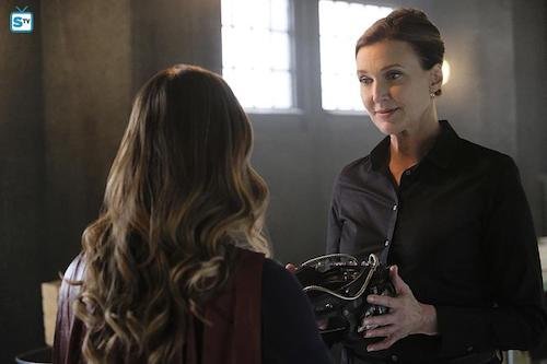 Melissa Benoist Brenda Strong The Darkest Place Supergirl