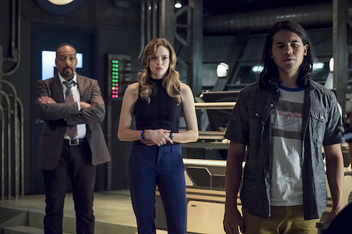 Jesse L. Martin Danielle Panabaker Carlos Valdes The Present The Flash